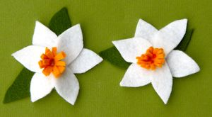 Handmade Felt Daffodil Tutorial by A Hoot & Holler